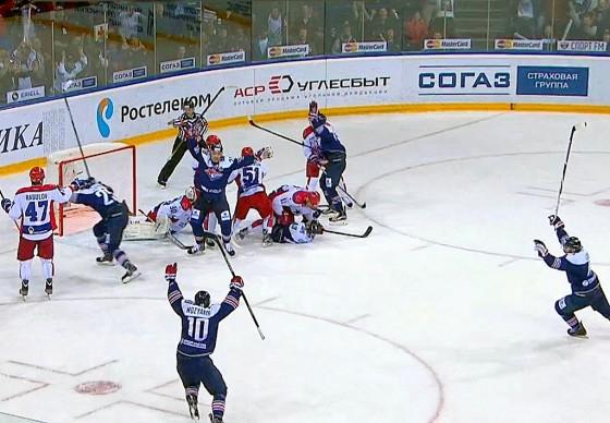 «Металлург» обыграл ЦСКА и сравнял счет в финальной серии Кубка Гагарина