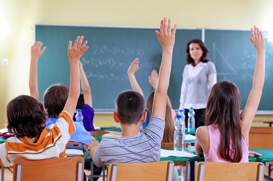 Научительницу изЗлатоуста снова пожаловались впрокуратуру итребуют возбудить дело